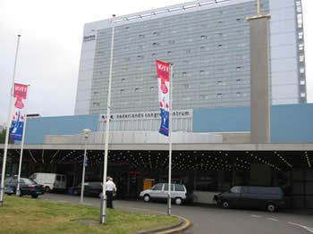 Le Centre de Congrès de La Haye. Il y a 15 ans, il n'y avait pas la tour de l'hôtel Dorint !