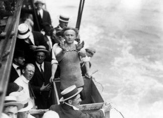Houdini, Houdinette ou La Malle des Indes