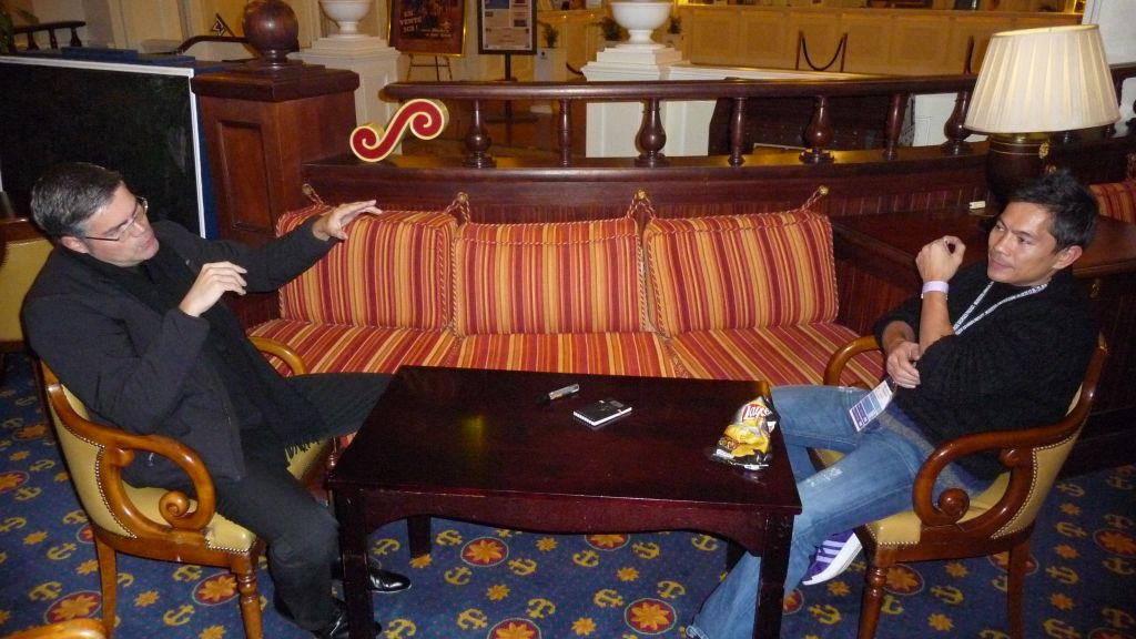 Nikola & Frank TRUONG au 44e Congrès FFAP Paris du 21 au 241010 - Photographe Thomas THIEBAUT pour Virtual Magie