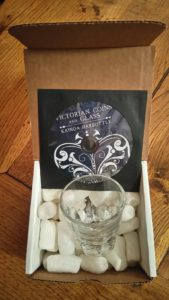 Victorian Coins and Glass de Kainoa HARBOTTLE