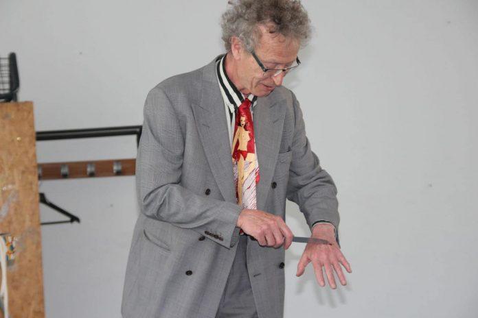conférence d'Alain de Moyencourt : le couteau à sang