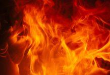Tout feu tout flamme de Sorg et Saru et Veb