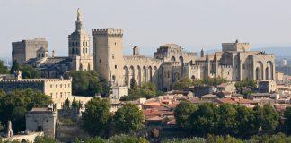 Palais des Papes à Avignon depuis la Tour Philippe le Bel