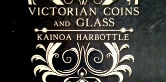 Victorian Coins and Glass de Kainoa HARBOTTLE