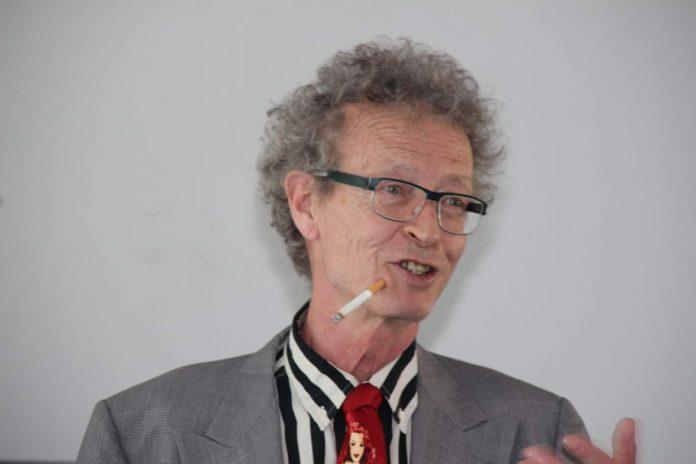 Conférence d'Alain de Moyencourt : la cigarette patch.