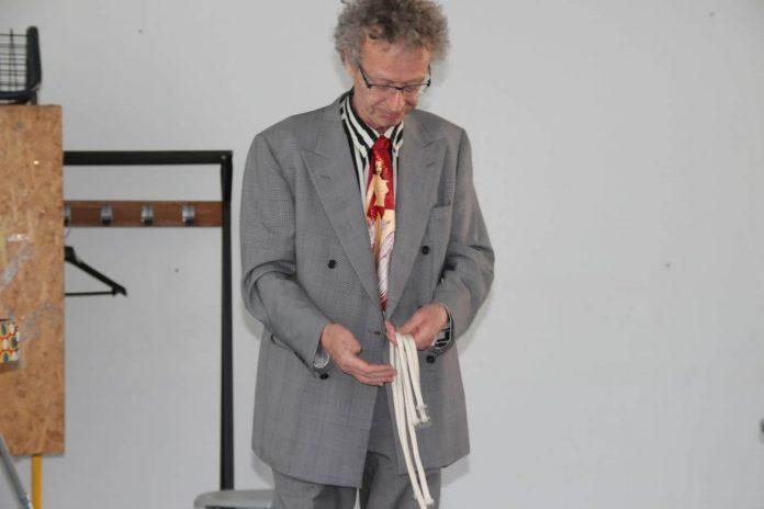 conférence d'Alain de Moyencourt : sa version du tour des trois cordes