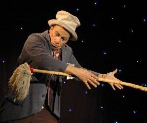 Conférence de Kaki | l'art du mime dans la magie (78) @ Salle de la Tour | Voisins-le-Bretonneux | Île-de-France | France