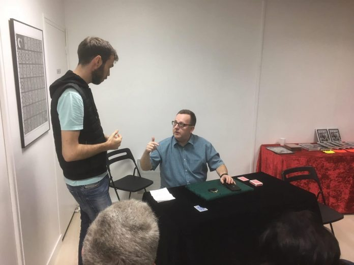 Clément BLOUIN à la conférence de John CAREY à Paris