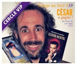 César emporte des Flyer de Las Vegas