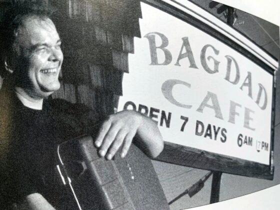 Full Bloom de Gaëtan BLOOM Bagdad Café